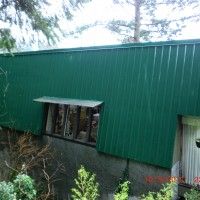 AFTER - washed metal siding in West Vancouver