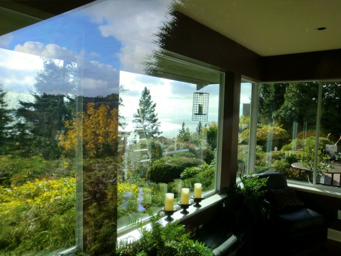 Residential and commercial window cleaning north and west vancouver for Cleaning exterior house windows