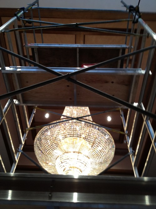 Scaffolding Set Up : Vancouver chandelier cleaning a glass act
