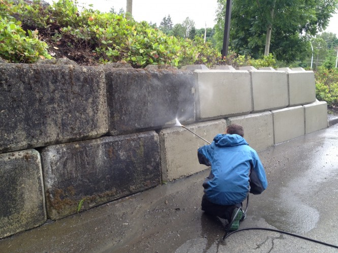 Retaining Wall Block Cleaner : Commercial building washing vancouver a glass act