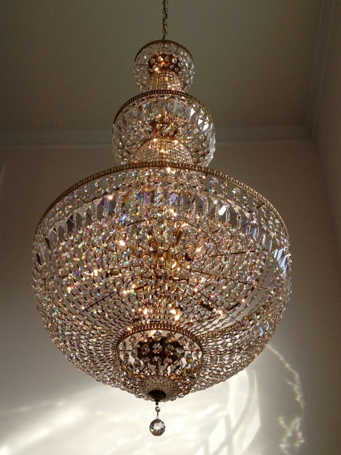 how to clean crystal chandelier with vinegar